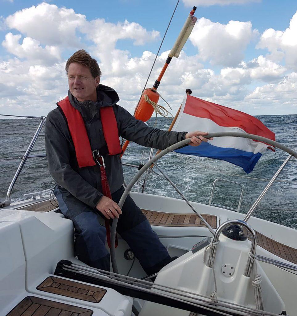 Arjen Mol zeilend
