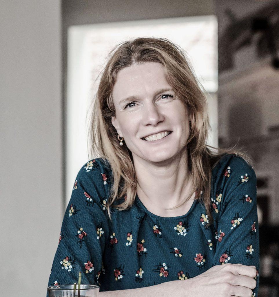 Iris Brummelhuis een van de partners van Arjen Mol